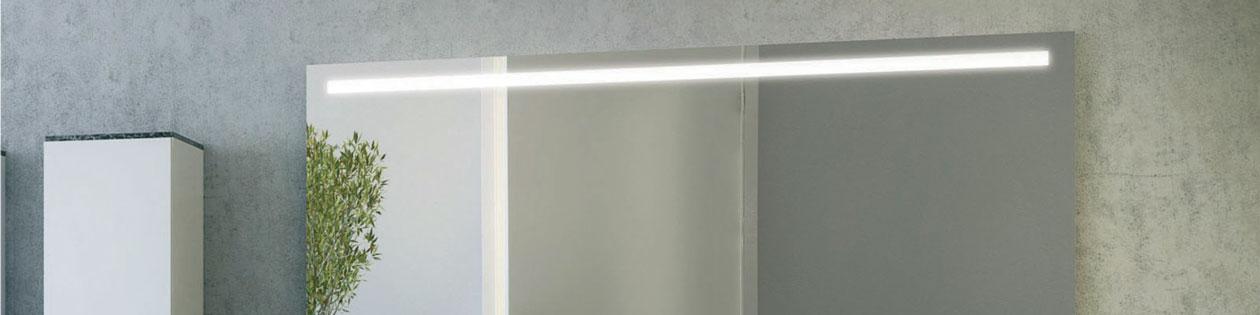 speglar med ljus