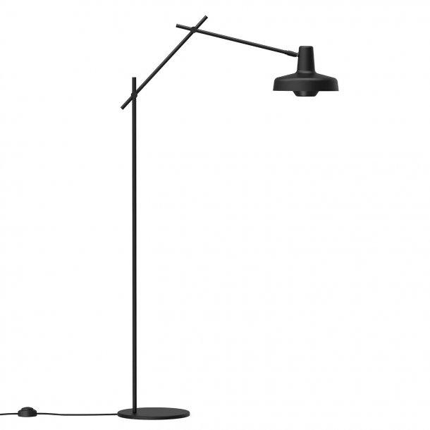 Arigato Floor Lamp