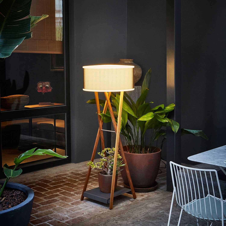 Picture of: Cala 140 Iroko Outdoor Floor Lamp Lampefeber