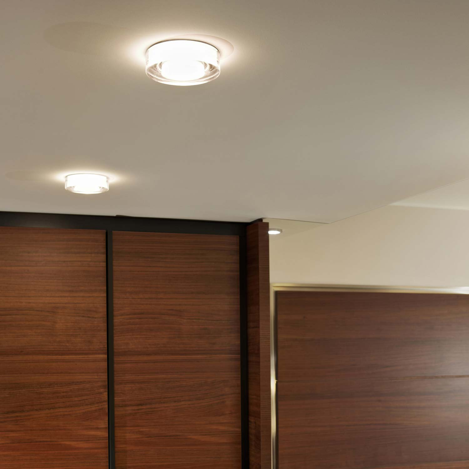 Lei Downlight With Pressed Crystal
