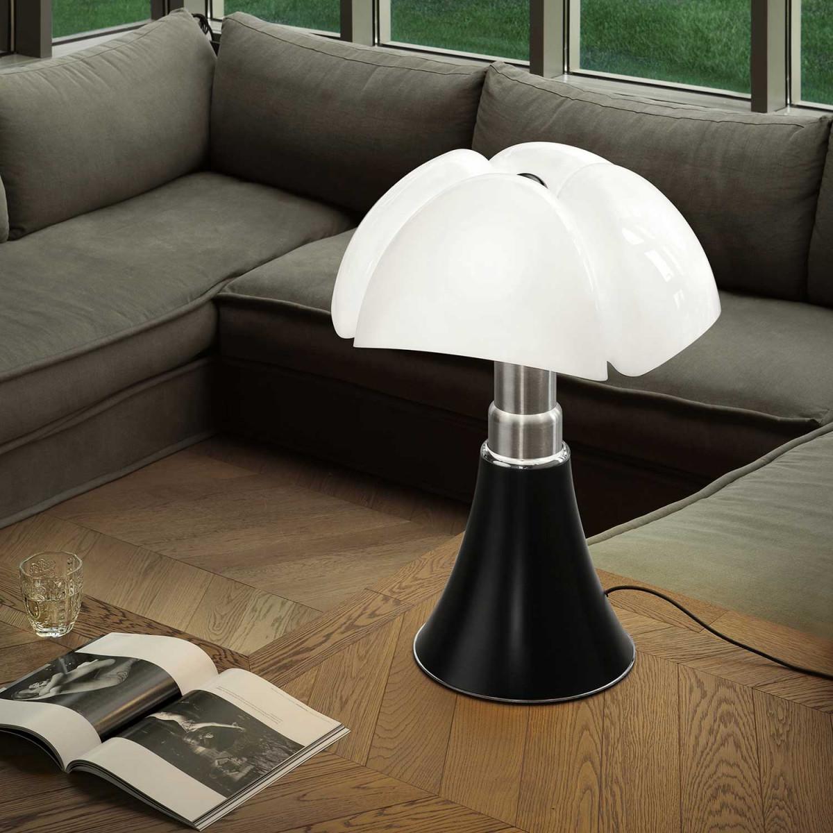 Bordlampe til stue Få godt lys med en moderne bordlampe